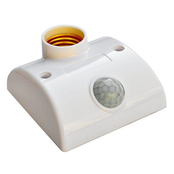 Objimka na stenu pre žiarovku E27 so senzorom pohybu